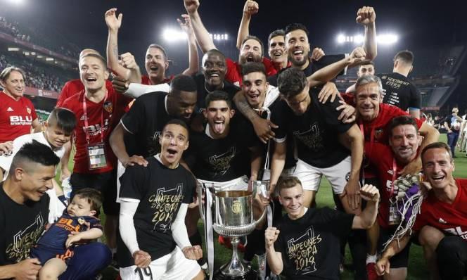 Kết quả Barcelona vs Valencia: Hạ bệ nhà vua Valencia lên ngôi vô địch