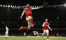 Giroud sắm vai người hùng, Arsenal may mắn đánh bại West Brom