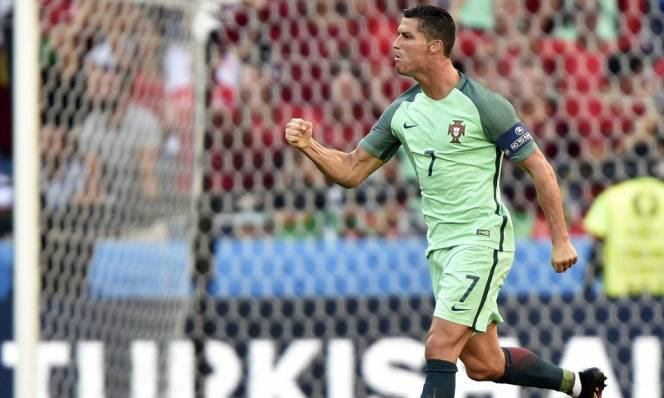 Ronaldo đi vào lịch sử số 1 của EURO