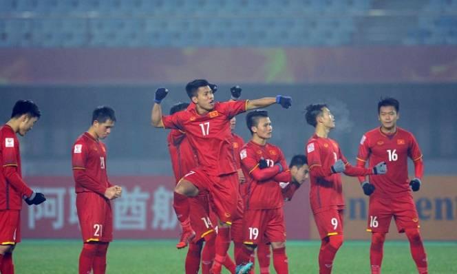 Chưa qua bán kết, HLV Park Hang Seo đã được hỏi về trận chung kết