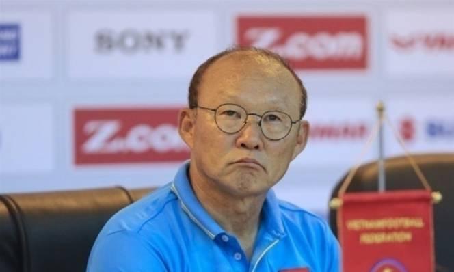 Việt Nam giành vé dự Asian Cup. HLV Park Hang-seo bất ngờ xin lỗi NHM