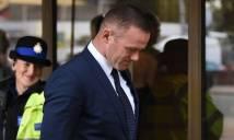 Rooney nhận án phạt nặng ngay sau khi Everton thua thảm MU