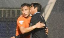 Tiến Dụng đặt tên thầy Huỳnh Đức cho bàn thắng đầu tiên