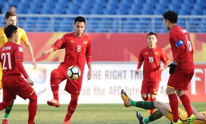 Video: U23 lập đại công, sao trẻ FC Hà Nội cùng Công Phượng đón sinh nhật khó quên trên đất Trung Quốc