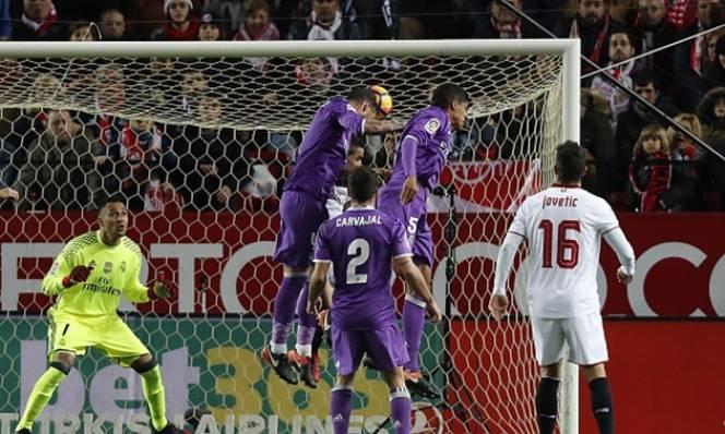 Vòng 19 La Liga: Barca trở lại cuộc đua, Real nên bừng tỉnh