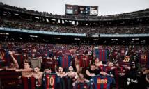 Hàng nghìn CĐV Barca bắt chước kiểu ăn mừng 'phơi áo' của Messi