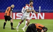 Lyon dẫn đầu bảng F: Sư tử lại gầm vang