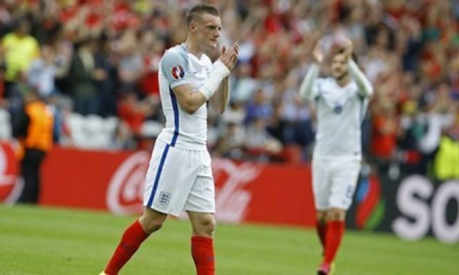 Vardy muốn tập trung cho ĐT Anh, chưa nghĩ về Arsenal