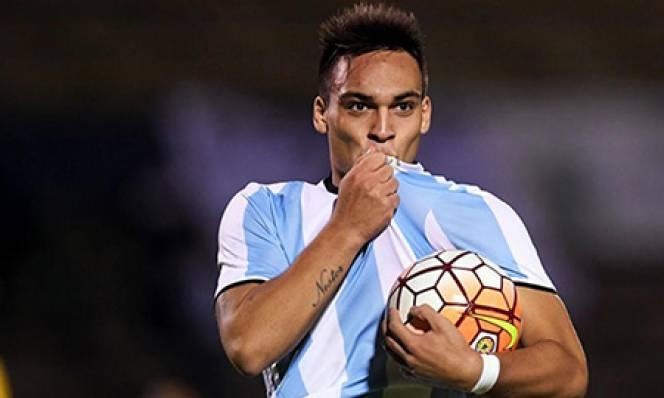 Đấu Việt Nam, U20 Argentina suýt không có được cầu thủ hay nhất