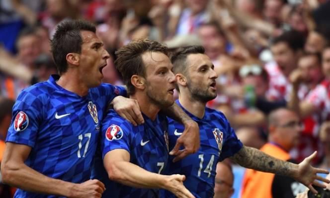 Chung kết World Cup 2018: Cả Pháp và Croatia đang đứng trước ngưỡng thiên đường