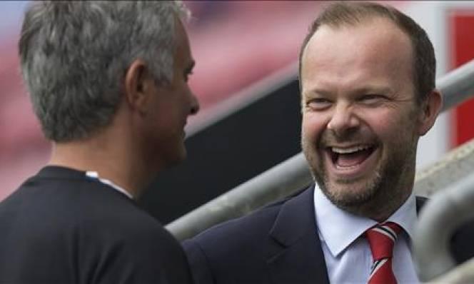 Sếp lớn Man Utd chính thức có chân trong UEFA