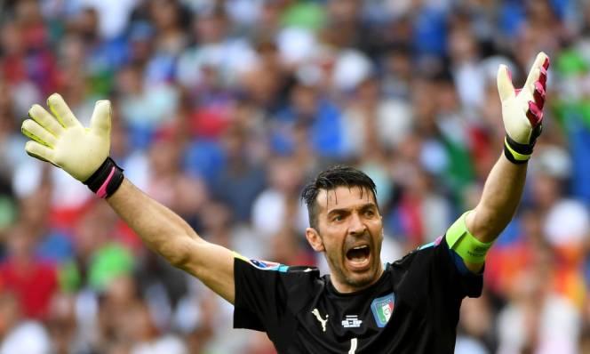 Buffon hả hê sau khi Italia vào tứ kết EURO