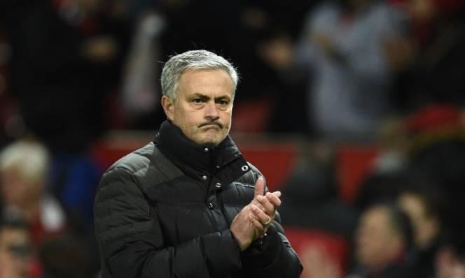 Mourinho 'nổi điên' vì CAN 2017