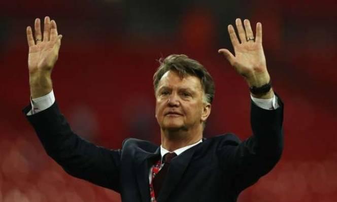 Milan ngỏ lời, Van Gaal sắp trở lại?
