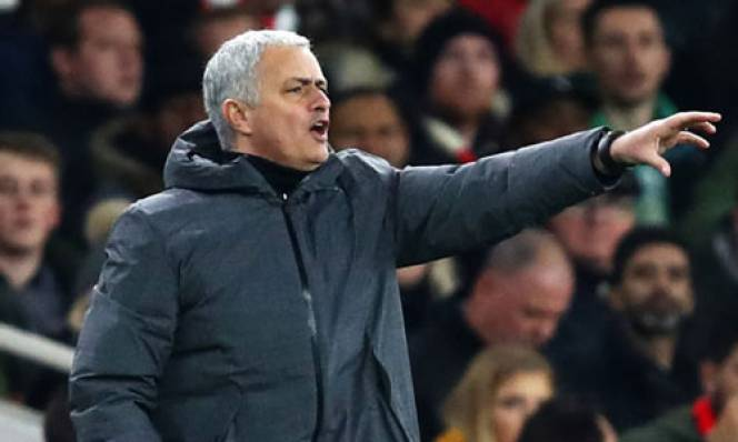 "Mourinho ""xát muối"" vào nỗi đau của Arsenal"