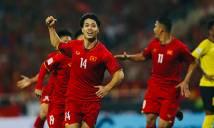 Malaysia thoát thẻ đỏ dù chơi xấu thô bạo với Công Phượng