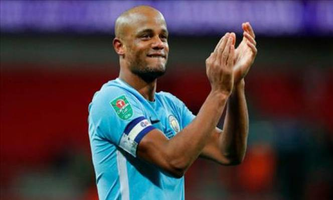 Sắp vô địch Premier League, 'đại ca' Man City lớn tiếng đe dọa MU