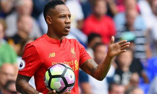 Liverpool mất hậu vệ cánh số 1 thêm 3 tháng