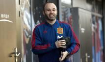 Sau World Cup, Iniesta cân nhắc rời ĐT TBN lẫn Barcelona