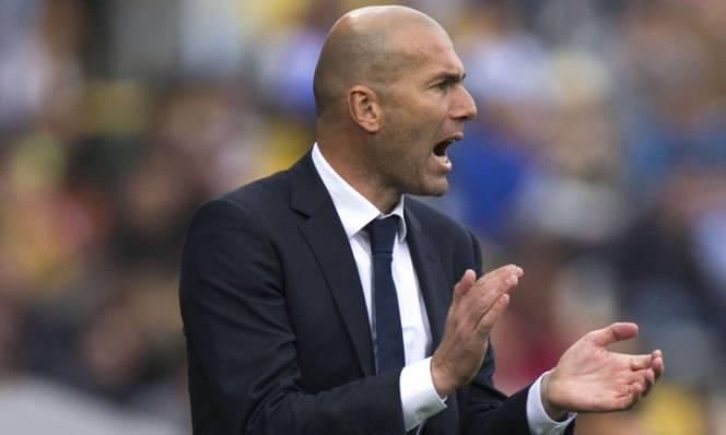 Zidane thất vọng ra mặt với thành tích của Real