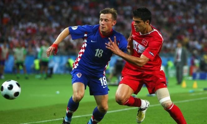 Thổ Nhĩ Kỳ vs Croatia, 20h00 ngày 12/06: Lại chia điểm