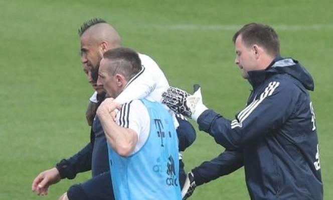 Ác mộng chấn thương ám ảnh Bayern ngay trước bán kết C1