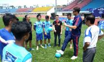 Huyền thoại MU: 'Cầu thủ Việt Nam có tố chất riêng'