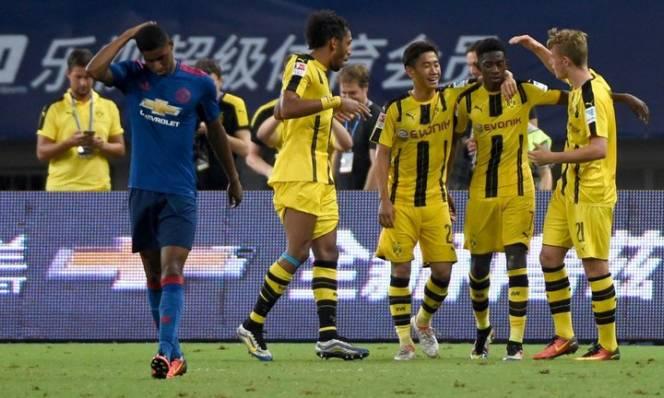 Chuyển nhượng tại Dortmund: Ổn định tinh thần và chất lượng