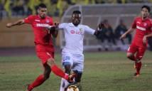Trọng tài trận Hà Nội - Quảng Ninh gây bão khi từ chối penalty phút cuối
