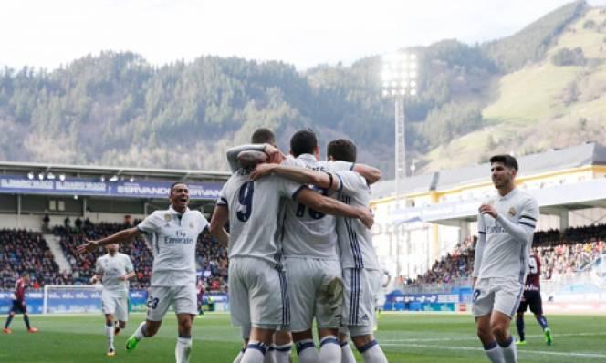 Benzema thông nòng, Real dễ dàng đánh bại Eibar