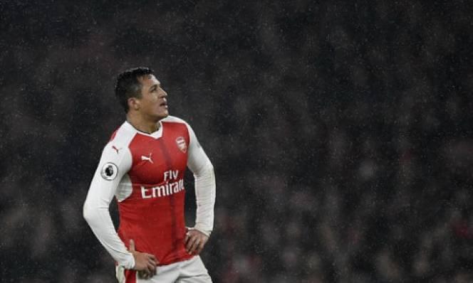 Sanchez khẳng định 'phát ốm' vì bị Wenger yêu cầu quay lại tập luyện