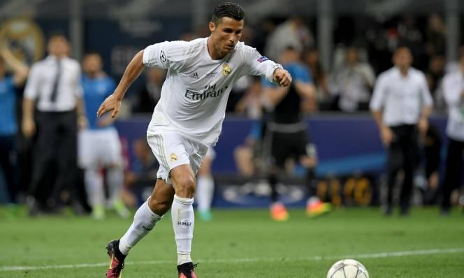 NÓNG: Real Madrid níu chân Ronaldo bằng bản hợp đồng mới siêu 'khủng'