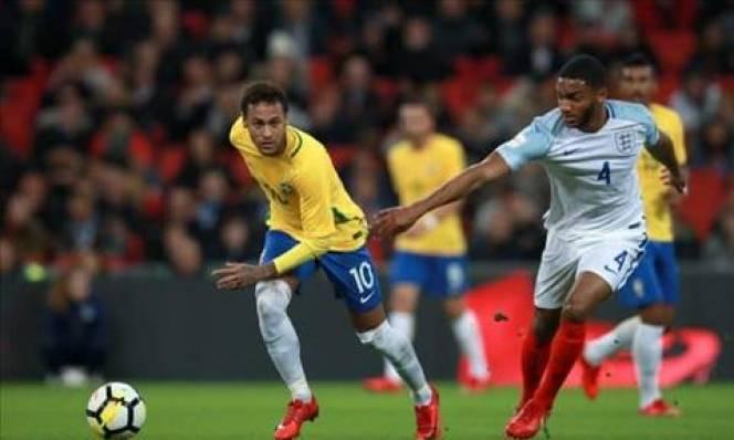 Bắt chết Neymar, sao Liverpool được tâng lên mây
