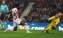 Cựu sao Man City tỏa sáng, Stoke bắn rụng 'thiên nga'
