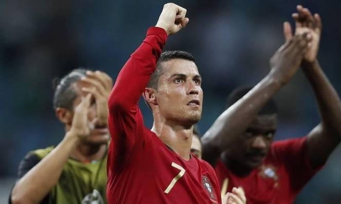 Uruguay vs Bồ Đào Nha (01h00, 01/07): Tâm điểm Ronaldo và Suarez
