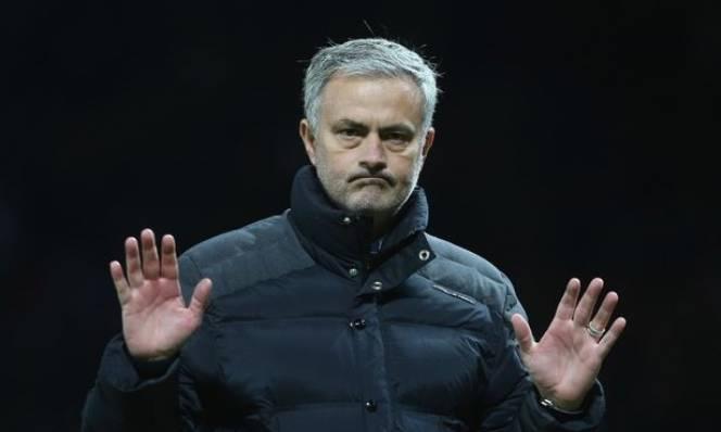 Mourinho quyết thay máu hàng công bằng bất cứ giá nào