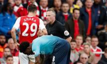 Trọng tài luôn là vấn đề nhức nhối của Premier League