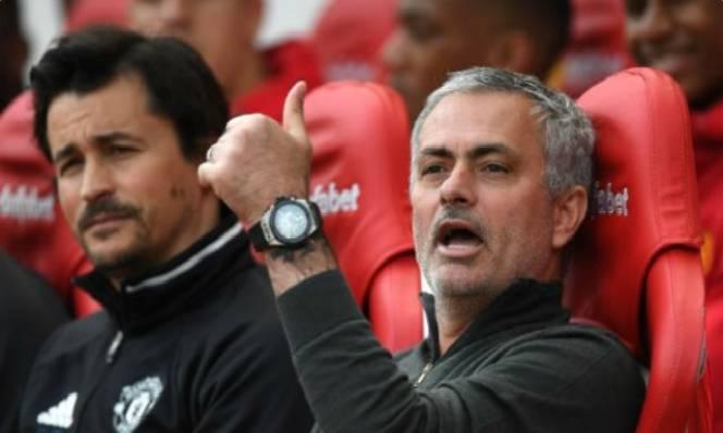 Mourinho tính làm thương vụ 'Pogba thứ hai'