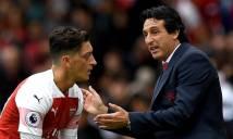 Oezil không chịu rời Arsenal theo ý HLV Emery