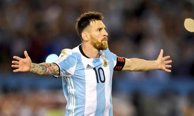 Mở khóa, bật nắp hòm và giải phóng 'con quái vật' Messi