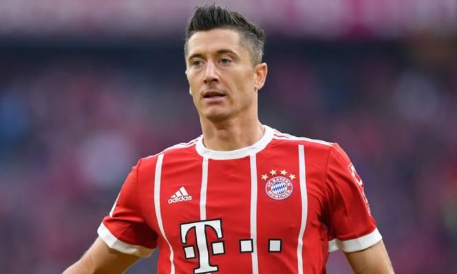 Quyết giữ Lewandowski, Bayern tuyên chiến với 'siêu cò'