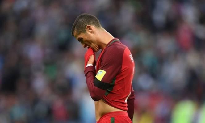 Tịt ngòi tại ĐTQG, Ronaldo tiếp tục nối dài kỷ lục buồn