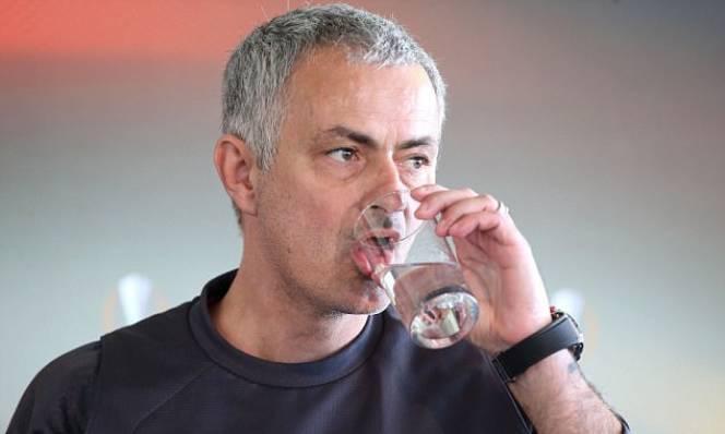 Mourinho không còn là