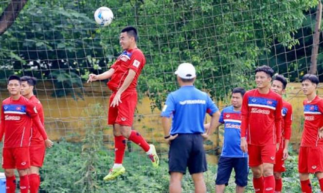 Hàng phòng ngự của U23 Việt Nam - cơn đau đầu của HLV Park Hang-seo