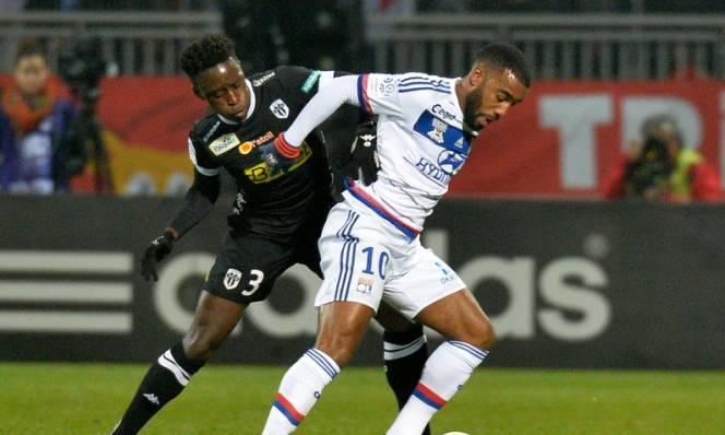 Lyon vs Angers, 02h50 ngày 22/12: Tiếp tục thăng hoa