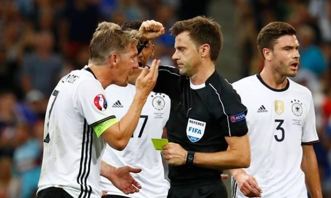 Nghi vấn! UEFA dùng trọng tài Ý giúp Pháp vào chung kết
