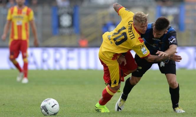 Frosinone vs Benevento, 21h00 ngày 24/12: Níu chân nhau
