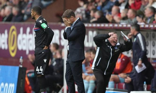 Bị Crystal Palace sa thải sau 77 ngày, Frank de Boer nhận ngay 5 triệu bảng đền bù