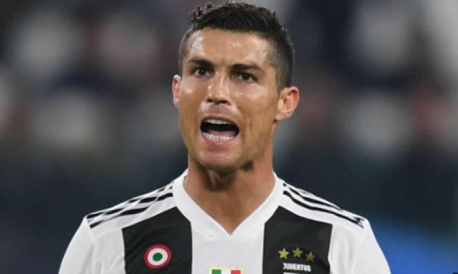 Chị gái Ronaldo ám chỉ Quả bóng vàng đã bị mua