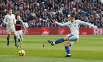 Bất ngờ thua derby London, HLV Conte thừa nhận Chelsea hết cửa vô địch